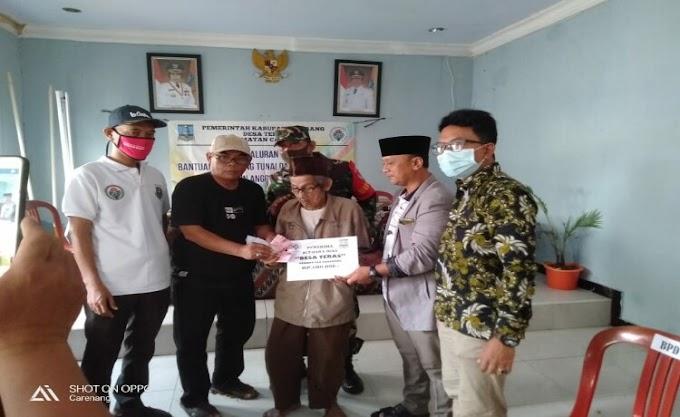 Desa Teras Kecamatan Carenang Laksanakan Pembagian BLT-DD Tahap Pertama