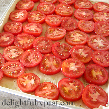 Simple Roasted Tomatoes for the Freezer / www.delightfulrepast.com