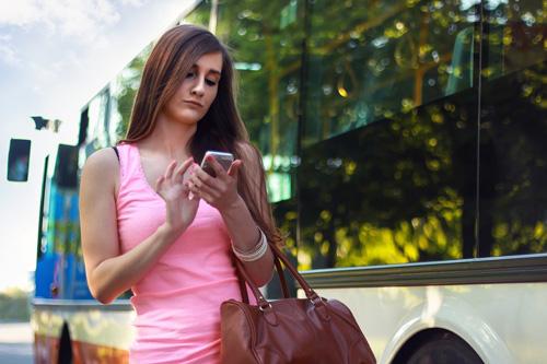Koleksi SMS Romantis dan Humor Terbaru