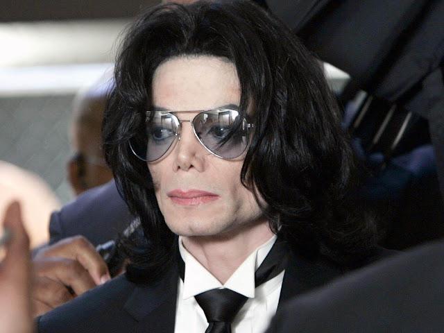 Demanda afirma que Michael Jackson abusó de una niña en 1986