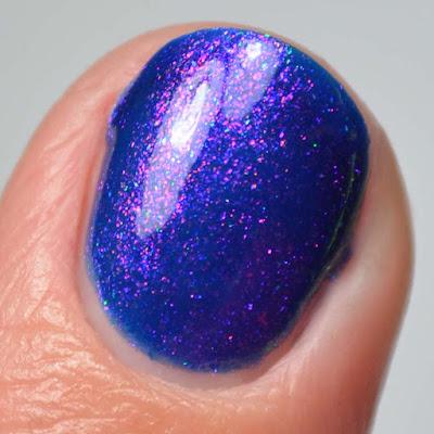 indigo shimmer holographic nail polish close up swatch