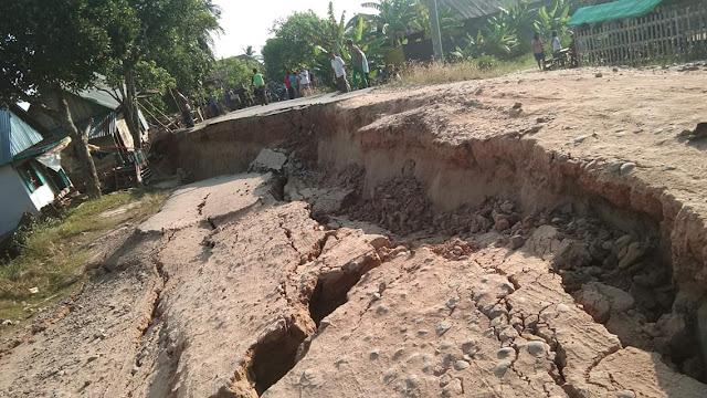 Jalan di Desa Talang Pangeran Ulu Amblas