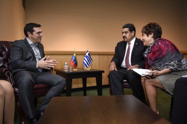 Independent: «Ντροπιαστική η στήριξη Τσίπρα στον Μαδούρο»