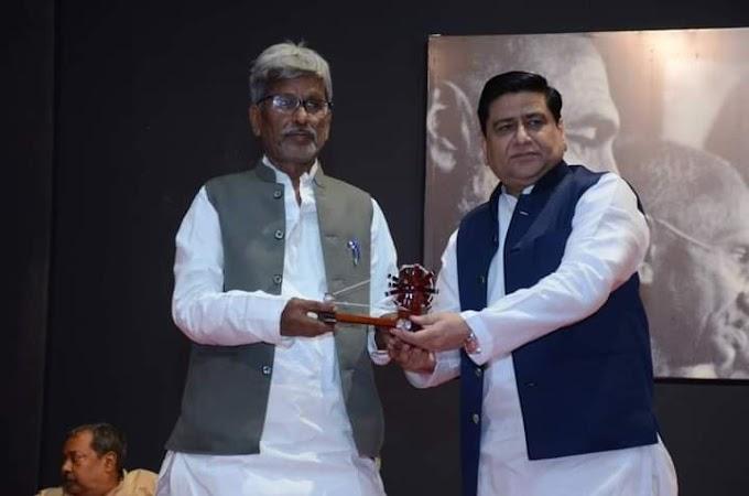 मुम्बई- आज़ादी के पुरोधा 'सीमांत गाँधी' की जयंती मनायी