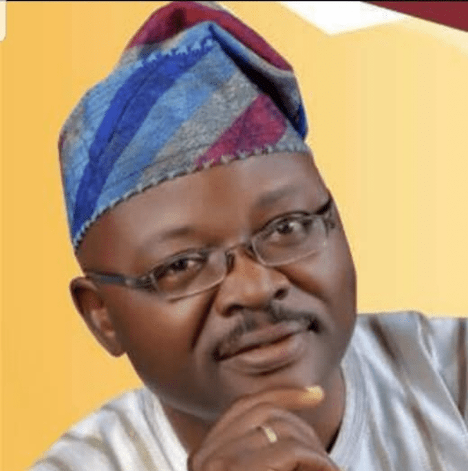 Fatai Abimbola, Former Commissioner Of Oyo State Dies In Car Accident
