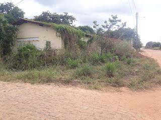 A Vereadora Surama Martins lamenta o descaso com o prédio casa da cajuína em Guadalupe do Piauí