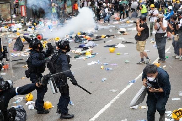 Hiệu ứng Hồng Kông: Người dân Hong Kong ghê rợn trước chế độ độc tài Trung Quốc 2