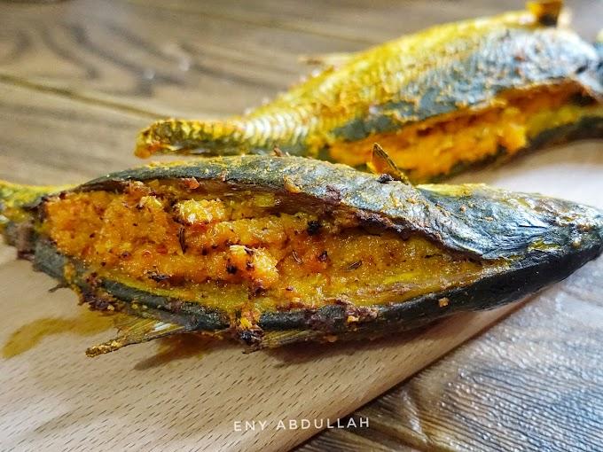 Ikan Bakar Sumbat Kelapa Dan Resepi Sambal Kelapa Yang Sedap