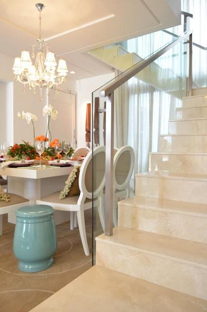 escada-porcelanato-imitando-marmore