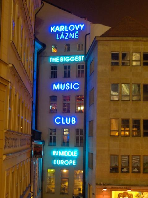 Balada Karlovy Lazne em Praga | República Checa