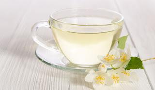 7 Manfaat Teh Putih Bagi Kesehatan