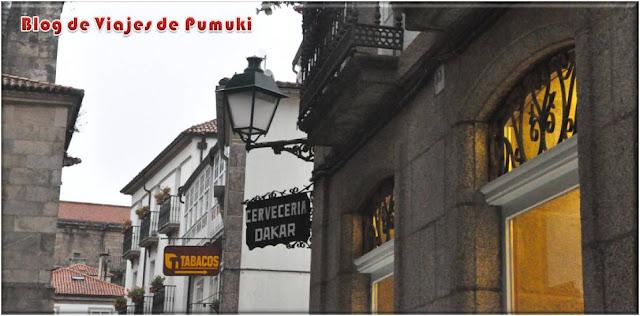La ruta Paris-Dakar de bares por Santiago une los bares con dicho nombre.
