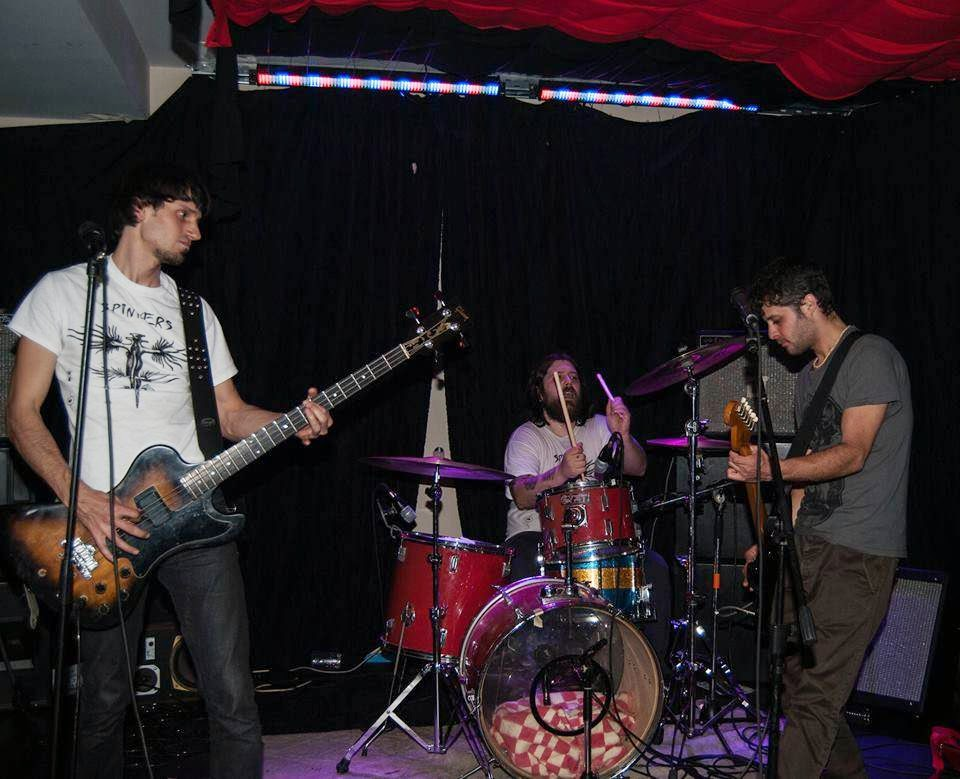 Spinners - greek indie punk rock band