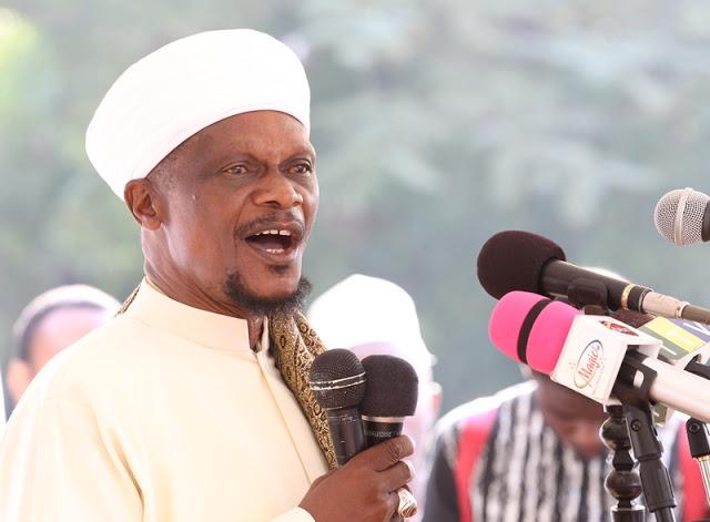 BAGAMOYO KWANZA BLOG: PICHA ZA SWALA YA EID ILIYOSWALIWA LEO ...