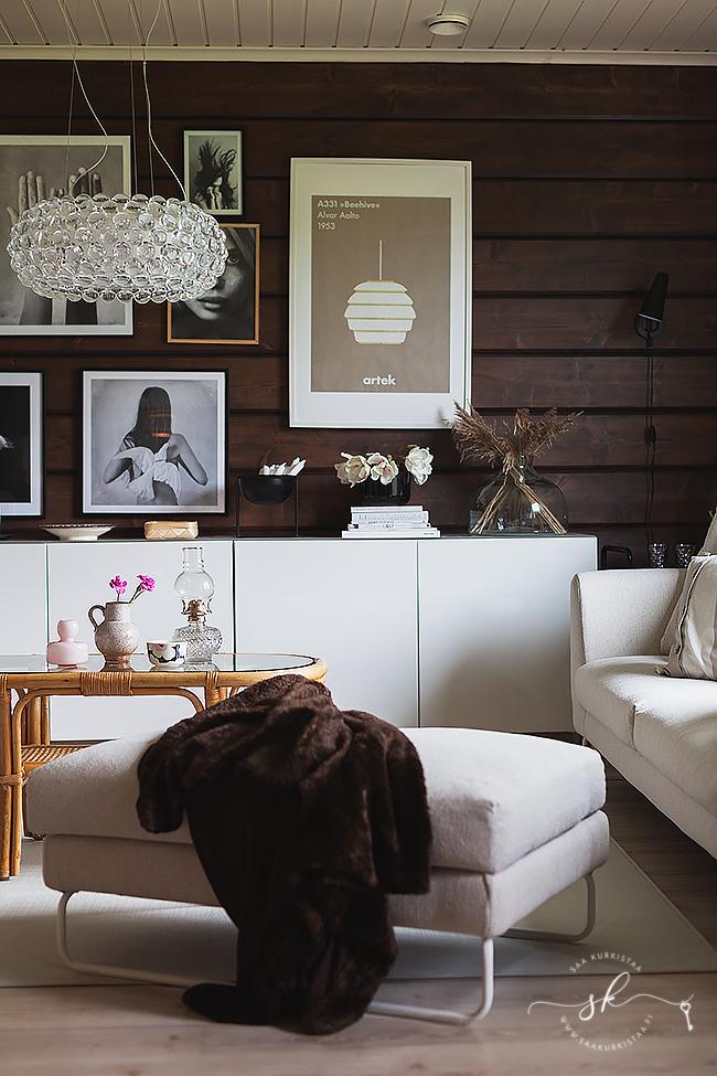 Ht Collection sohva, rottinkipöytä, Ikea Bestå, sisutus
