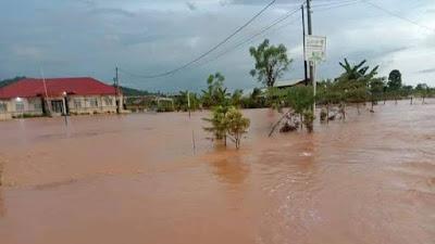 Pemkab Pessel Bakal Segera Tuntaskan Penanggulangan Banjir di Wilayah Tapan