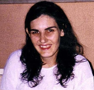 Homenagem a Adriana Conceição Ananias na celebração de um ano de seu falecimento 01/09/2015 - Foto quando ela tinha 25 anos