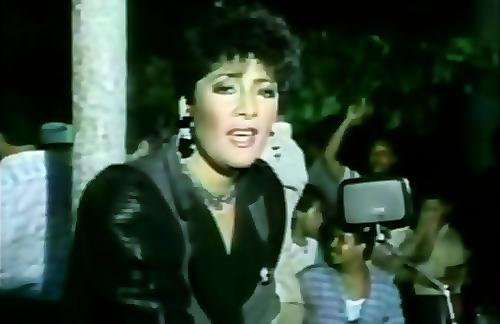 Al Ritmo De La Noche | Sophy Lyrics