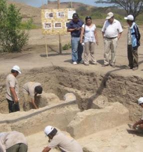 Hallan evidencias del colapso de la época mochica en sitio arqueológico Santa Rosa - Pucalá - Chiclayo