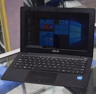 Laptop ASUS X200CA Black 11.6 Inch di Malang