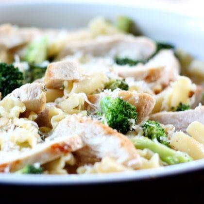 Lemony Broccoli Pasta with Chicken
