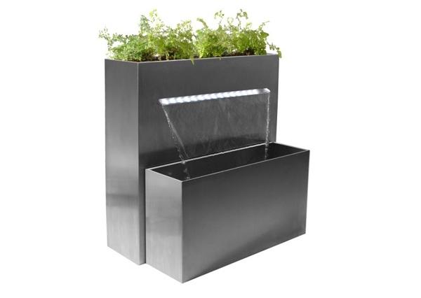 Taman air minimalis modern