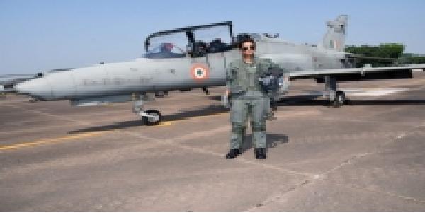 flight-liftinet-mohna-singh-hok-jet-uadane-vali-pahli-mahila