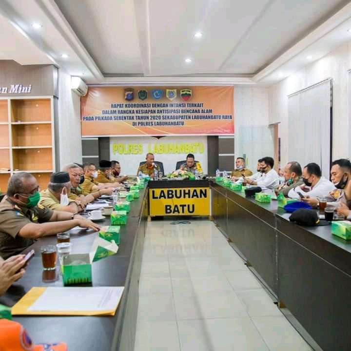 Bupati dan Unsur Forkopimda Labuhan Raya Gelar Rapat Koordinasi Antisipasi Bencana Alam Pilkada 2020