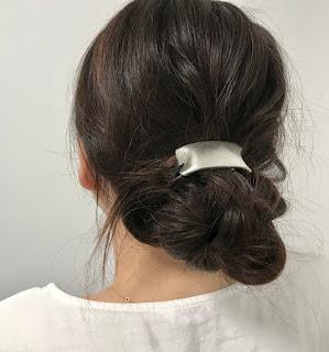 シルバーの髪飾り