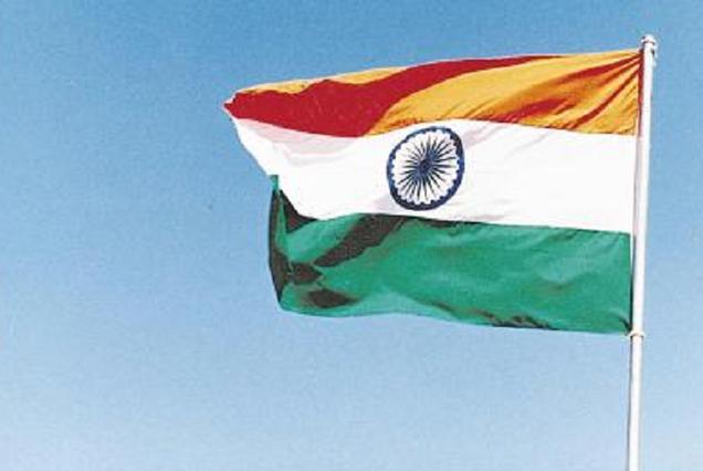 கேரளாவில் தேசிய கீதத்துக்கு எழுந்து நிற்காத 12 பேர் கைது