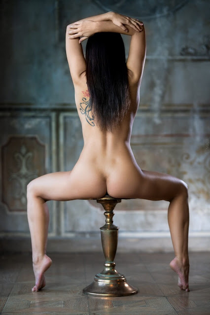 Uncensored nude art poses of attrartive woman with dark long hair and groovy perky tits pic 3