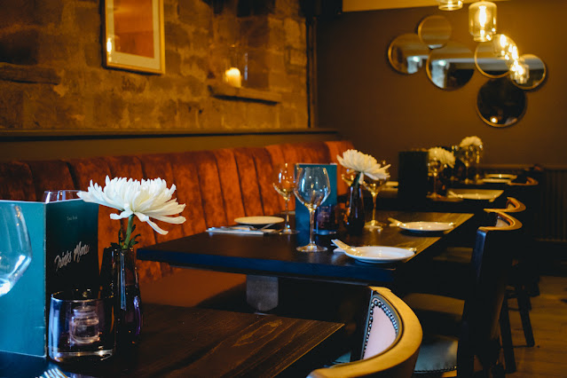The Fox Menston review - photograph of dining room interior