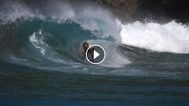 Surfing snapshots from North Martinique