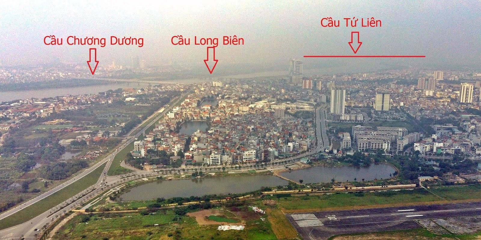 Cầu Tứ Liên nằm rất gần với cầu Long Biên và cầu Chương Dương.