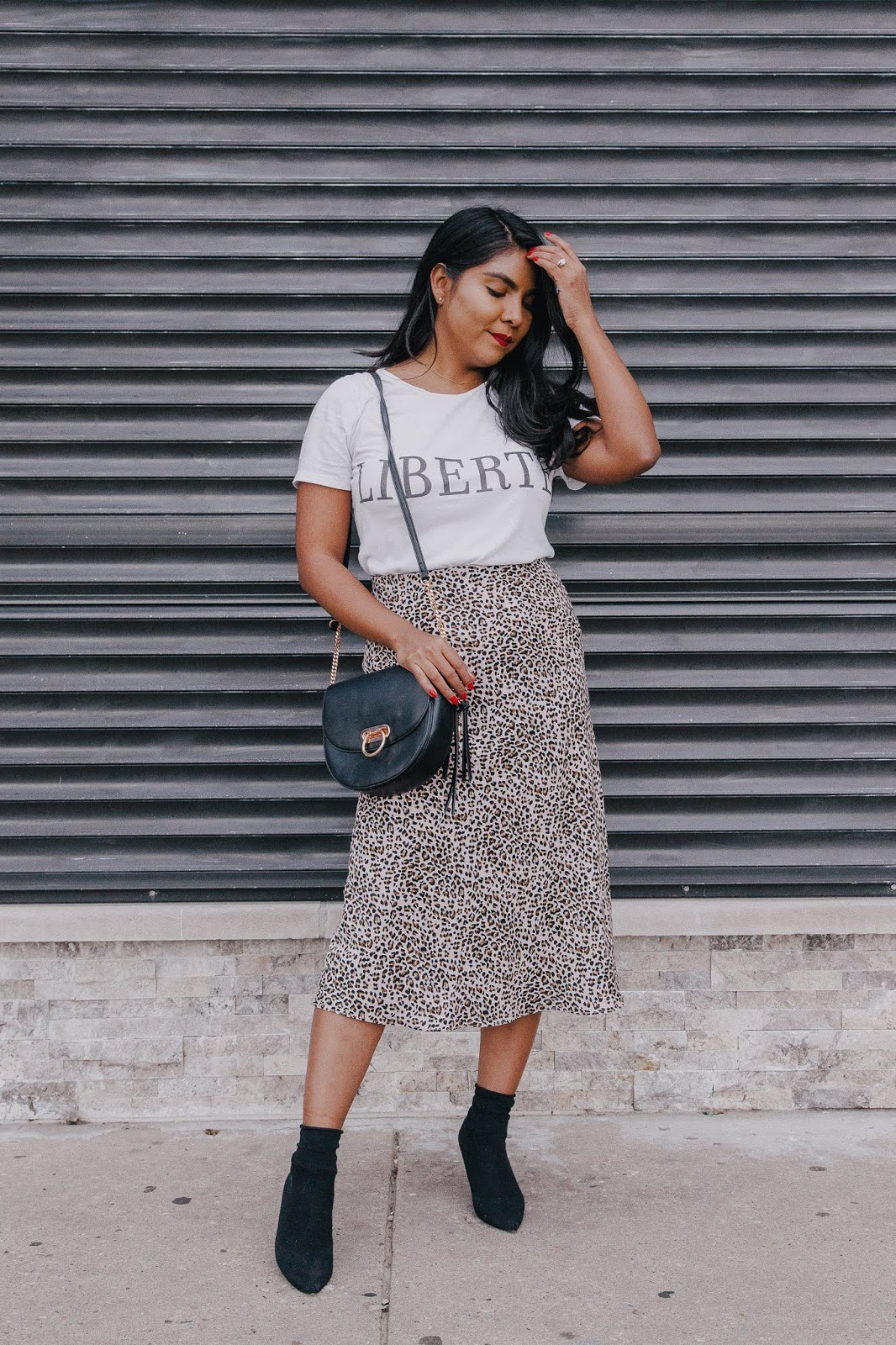 leopard-skirt-fall-outfit