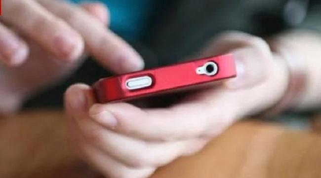 Σε απόγνωση χιλιάδες χρήστες κινητών τηλεφώνων από τις υπέρογκες χρεώσεις των πενταψήφιων αριθμών