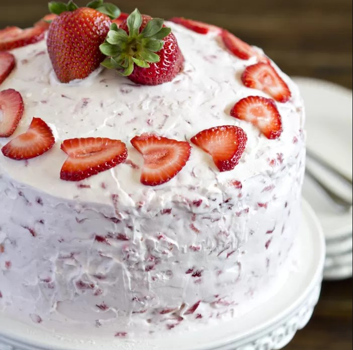 FRESH STRAWBERRY CAKE RECIPE #dessert #cakes