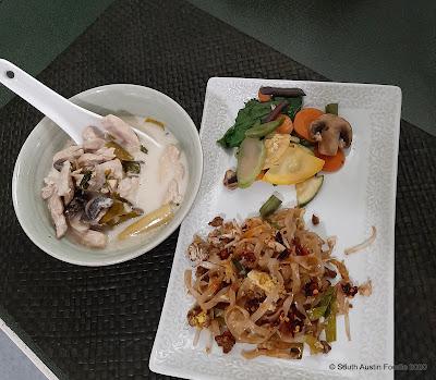 Thai Fresh pad thai, tom yum soup, veggies