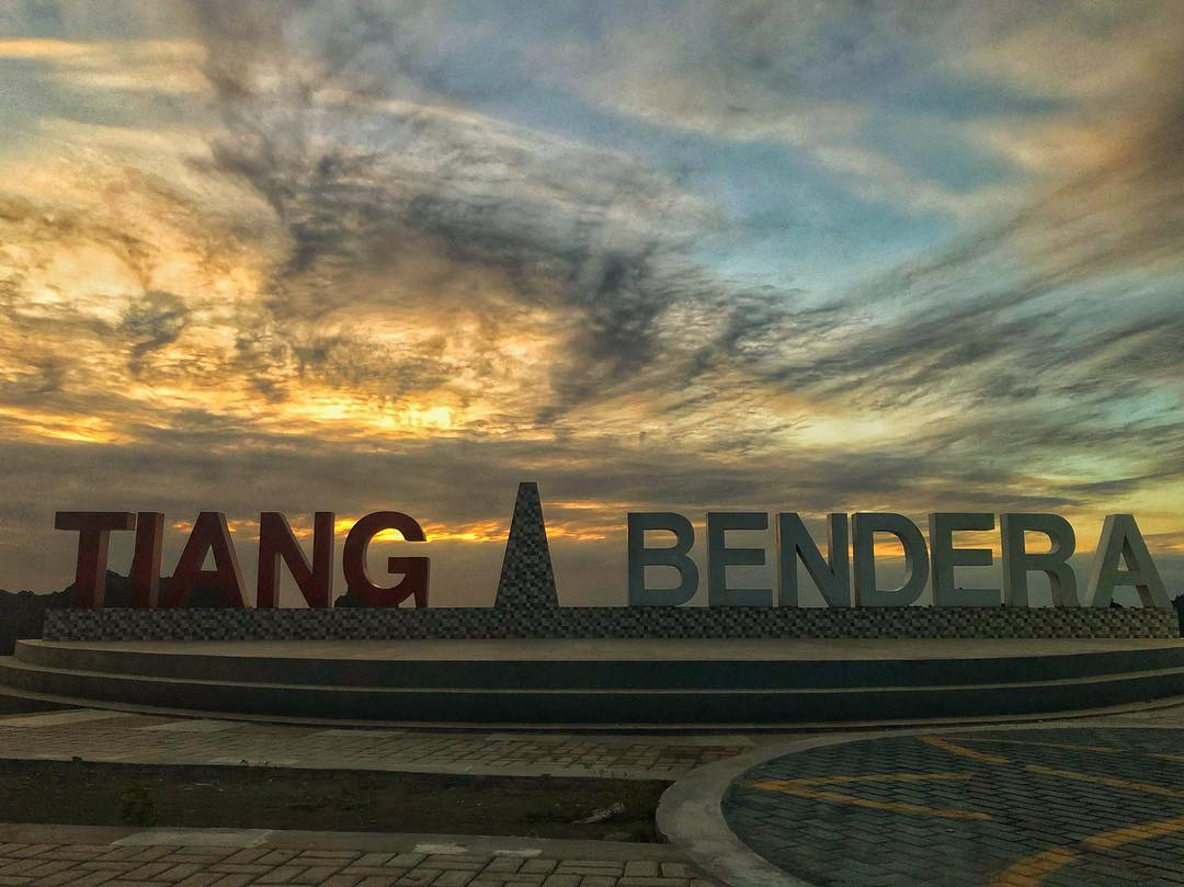 tiang bendera monument