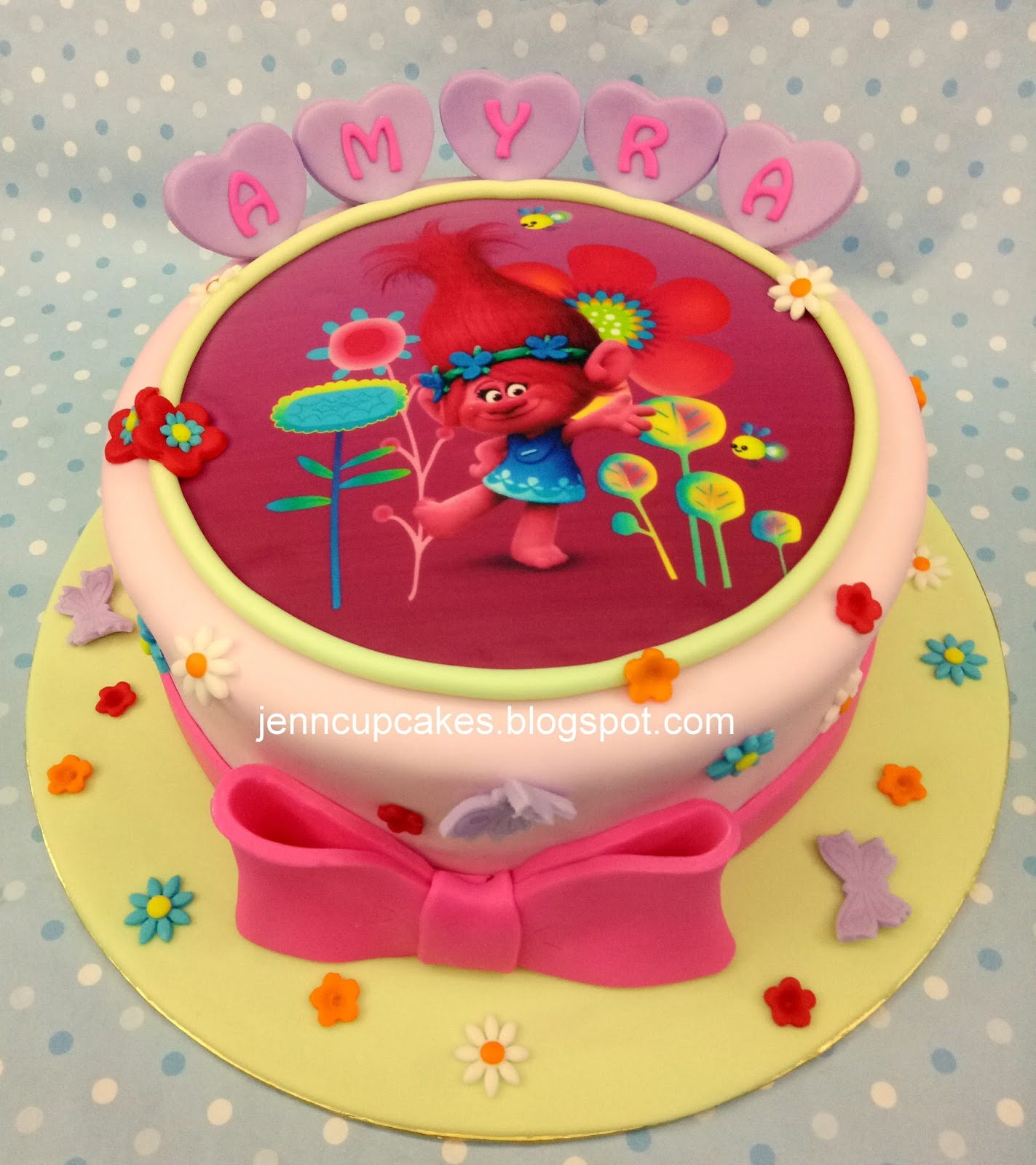 5kg Cake Images : Jenn Cupcakes & Muffins: Troll Image Cake