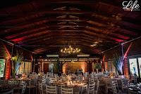 casamento com cerimonia ao ar livre em porto alegre realizado no sítio da figueira com decoração estilo vintage romantico por life eventos especiais