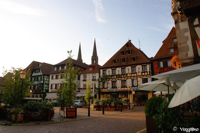 La Piazza del Mercato fulcro di Obernai