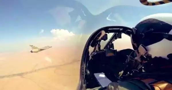 Σφυροκοπεί την Τρίπολη η Αεροπορία του Χ.Χαφτάρ - Άγκυρα: «Λάβαμε επίσημο αίτημα - Στέλνουμε Στρατό» (βίντεο)
