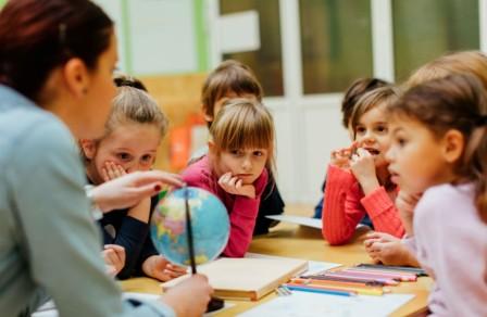Pembelajaran Tematik (Pengertian, Karakteristik, Ciri, Jenis dan Langkah-langkahnya)