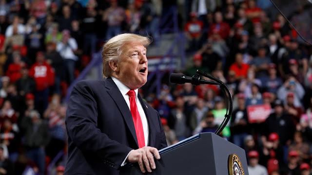 """Trump: """"EE.UU. ya manda a inmigrantes ilegales a ciudades santuario y me siento orgulloso de que esta idea trastornada sea mía"""""""