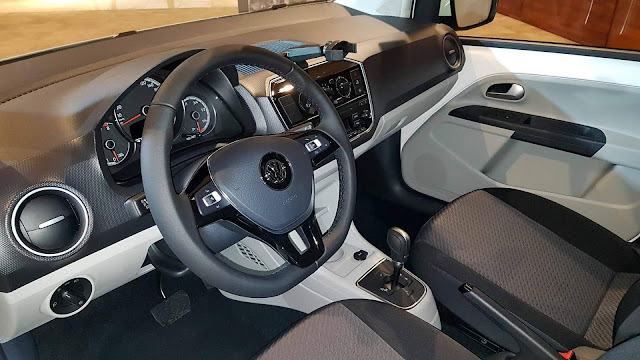 Novo VW Up! 2018 Automático - interior