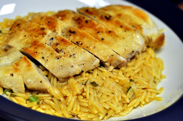 Grilled-Chicken-with-Lemon-Orzo-Pasta-tasteasyougo.com