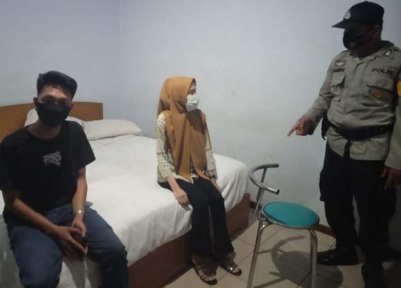 Diduga Pesta Seks Pasangan Muda Mudi  diamankan Polsek Jambi Timur