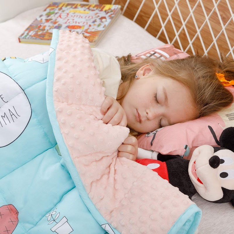 "35% OFF BUZIO Kids Weighted Blanket 36"" x 48"" 5 lbs"