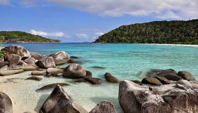 Pantai Pulau Selai